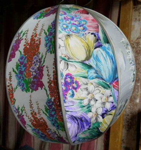 Silk globe lampshade