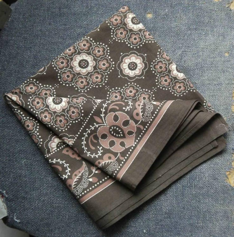 Dutch neckerchief
