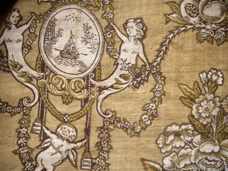 18th century Pelmet