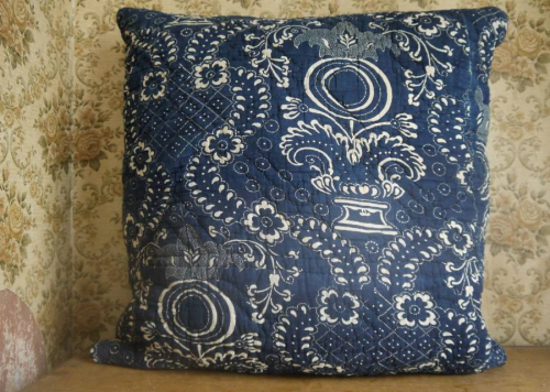 Toile de Nimes cushion