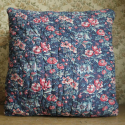 Floral cushion - picture 1