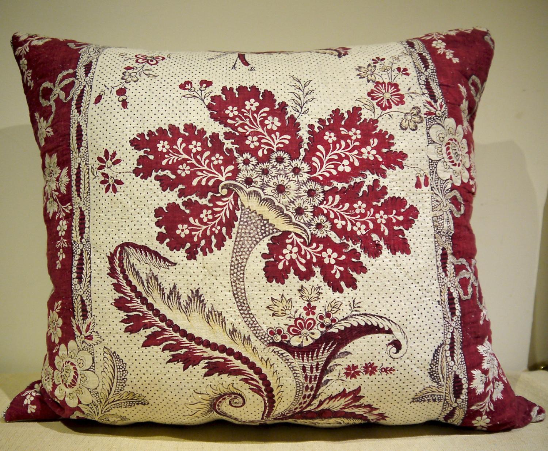 'La Cornue Fleurie' 18thc French Cushion
