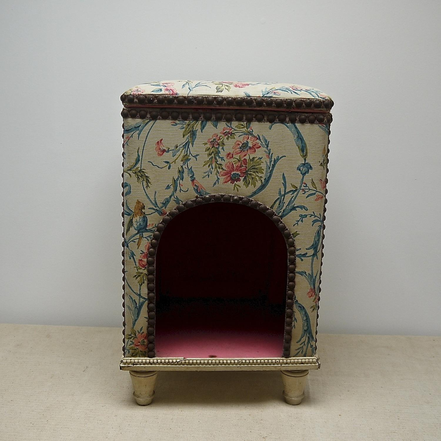 Late 19th century French dog's bed