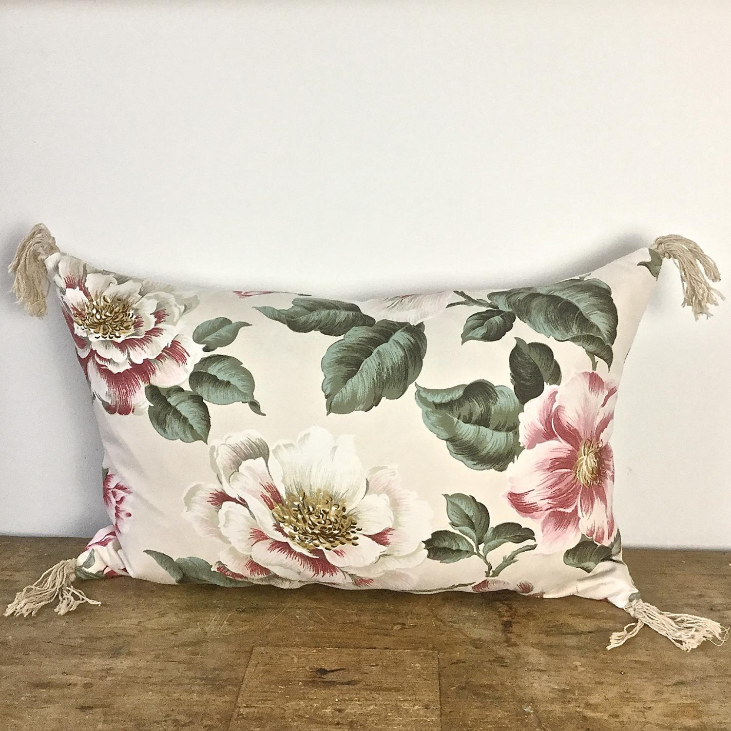 1950-60s English large scale magnolias tassel cushion