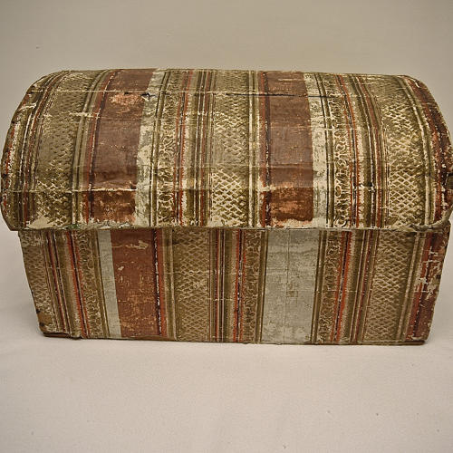 Early 19th century  French wallpaper covered box