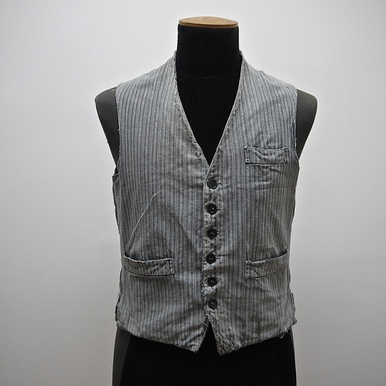 1900s French workwear grey cotton waistcoat