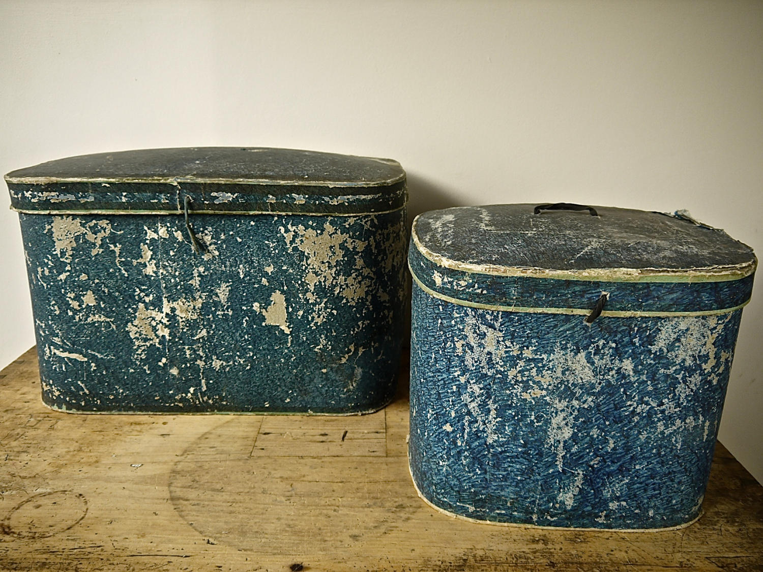 Pair of French 19th century blue hatboxes