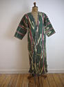 Late 19th century Uzbek silk ikat chapan robe - picture 1