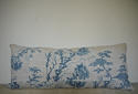 18th century French Chinoiserie blue toile cushion - picture 1