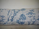 18th century French Chinoiserie blue toile cushion - picture 3