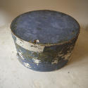 19th centuiry American round blue pantry box - picture 3