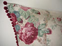 Early 20th century French parrot roses linen cushion - picture 5