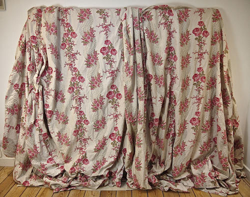 Pair of Roses and Columns Cotton Curtains French late 19th Century