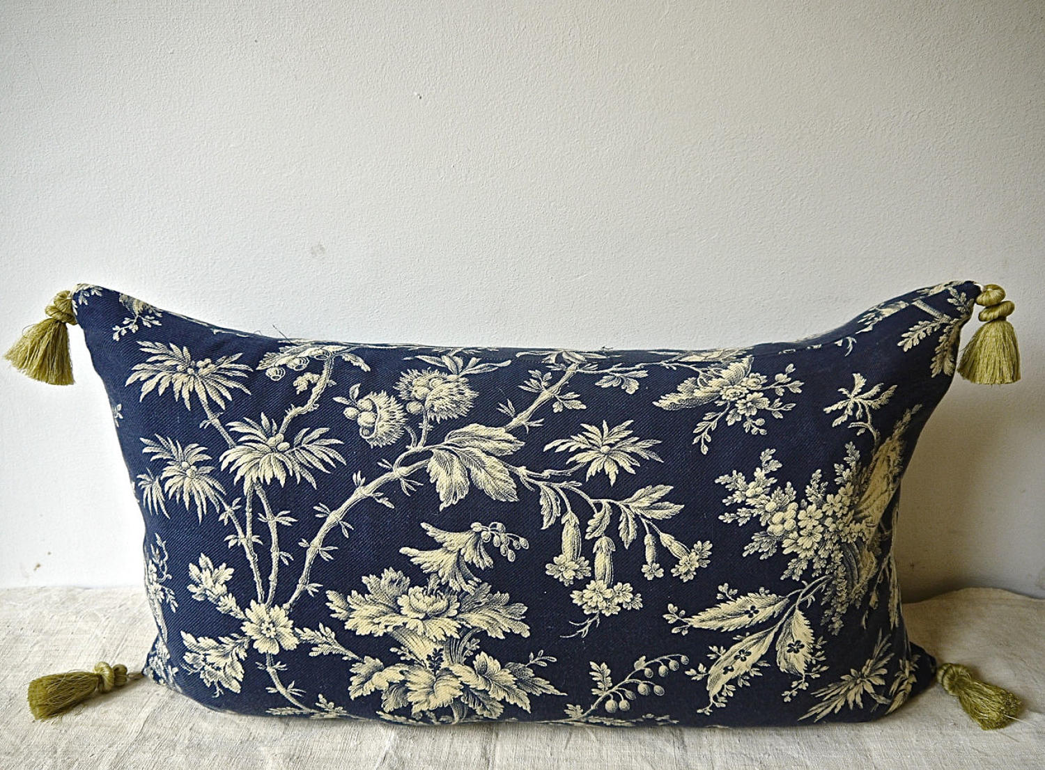 Indigo and Cream Indienne Cotton Cushion French 19th Century