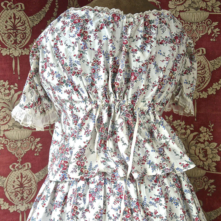 Pretty Floral two Piece Cotton French 19th Century