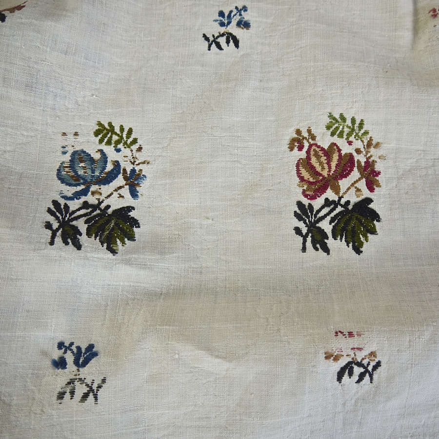 Wool Flowers on Linen Textile French 18th Center